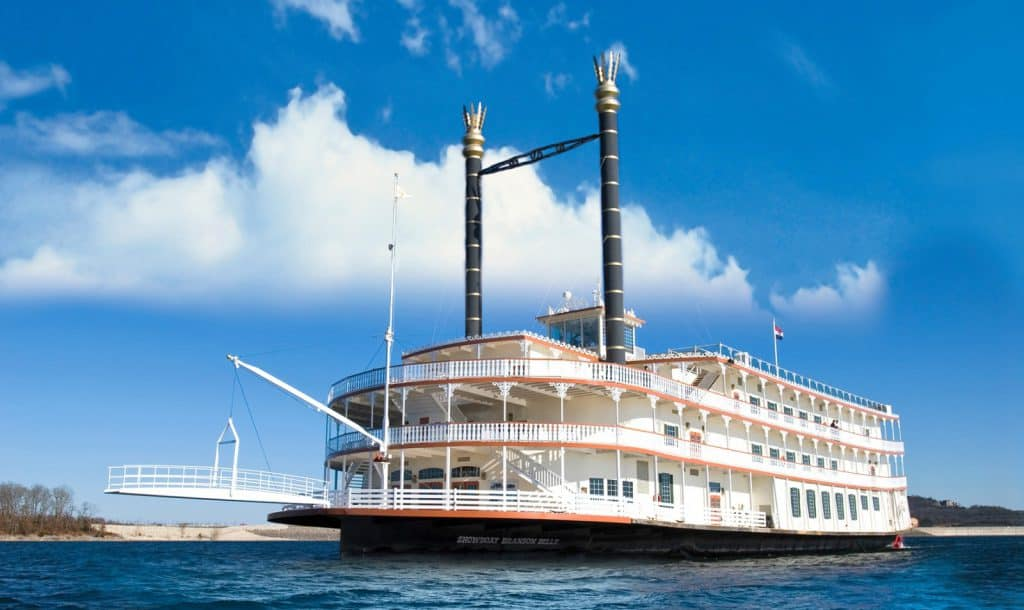 Showboat Branson Belle - Table Rock Lake