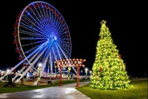 Christmas fun at Branson's Ferris Wheel!