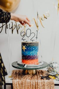 New Year's cake and decor